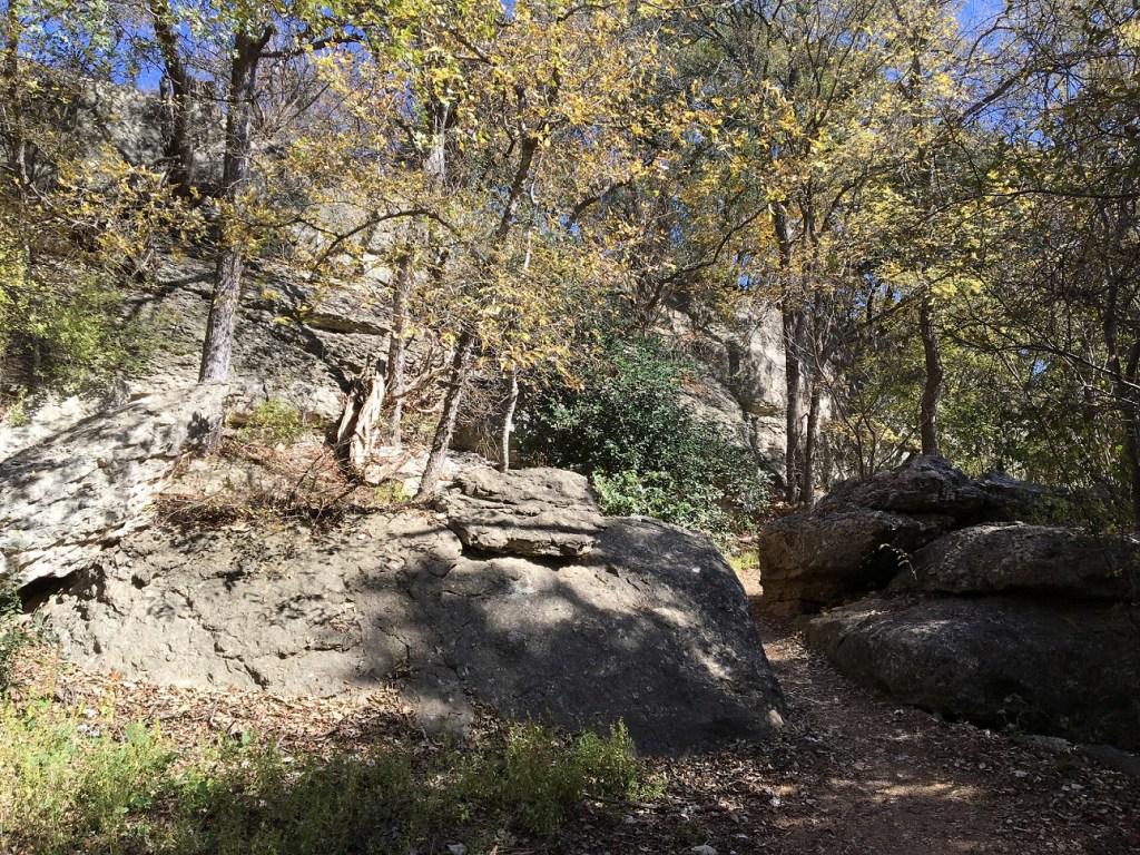 Gtown_3_boulders