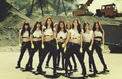 Girls' Generation – Catch Me If You Can (OT9 Japanese Ver.)