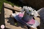 colores-de-boda-ceremonia-civil-pacas-heno-cajas-fruta-tazas-margaritas