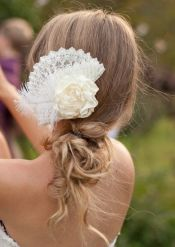 colores-de-boda-tocado-abanico-flamenco
