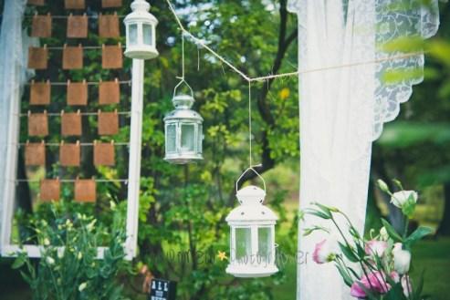 colores-de-boda-41-seating-plan-marco-ventanas-faroles