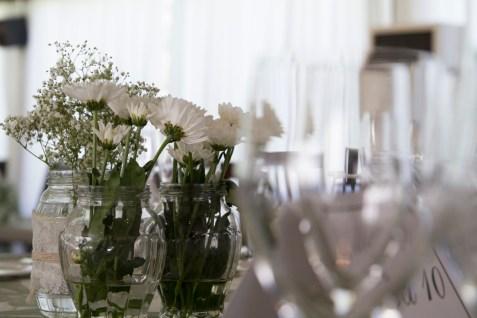 colores-de-boda-60-centro-de-mesa-margaritas