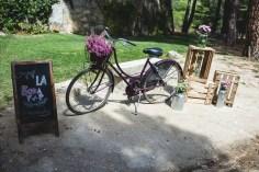colores-de-boda-rincon-bienvenida-bicicleta-antigua