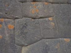 Typische Inkastruktur: Hochpräzise Mauer ohne Mörtel