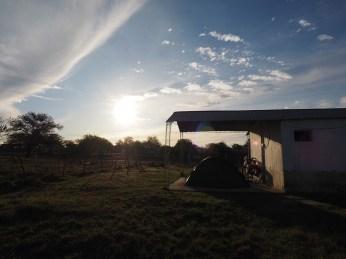 Mein Garagencamp in einer Paraje in der Pampa