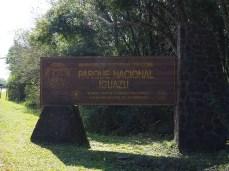 Wir fahren in fern Parque Nacional Iguazu