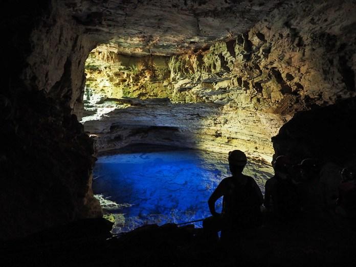 Das blaue Wasser des Poço Encantado verzaubert wirklich