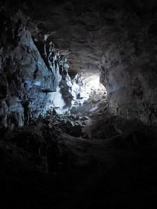 Bald gibt es eine Höhle zu durchqueren