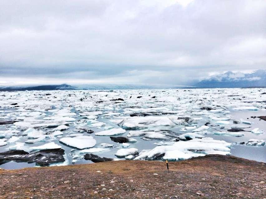 Der See mit den Eisbergen