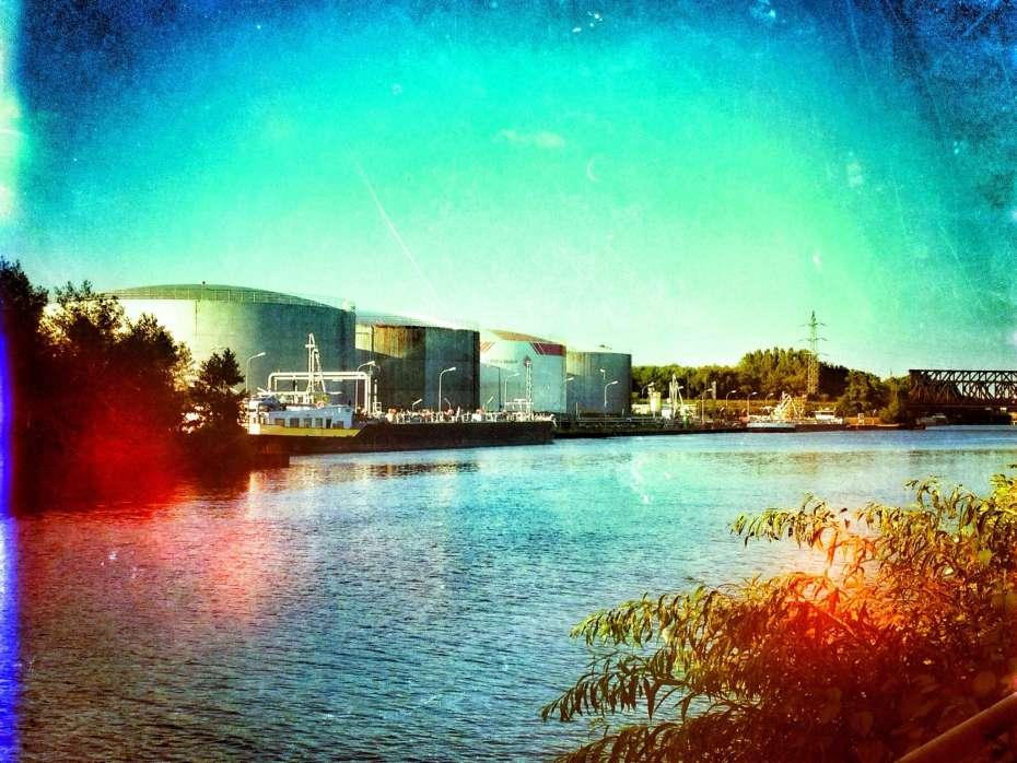 Öl-Hafen von BP in Gelsenkirchen