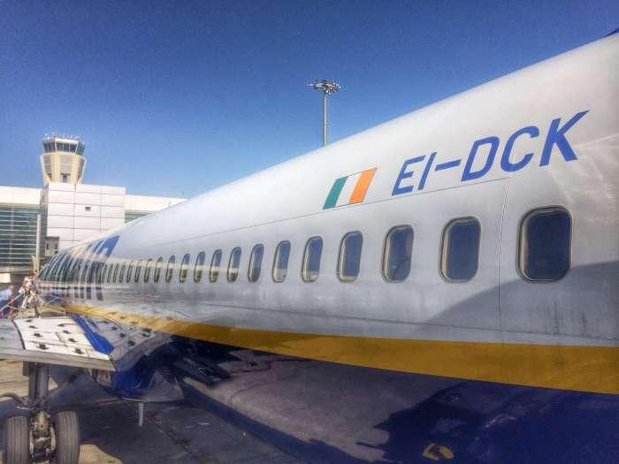 Ryanair-Maschine am Flughafen Malaga