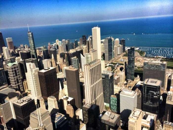 Blick vom Willis-Tower auf Chicago Downtown