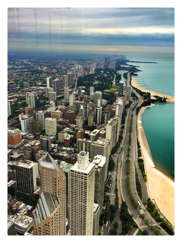 Blick vom Hancock-Tower auf den Lake Michigan und die nördliche City
