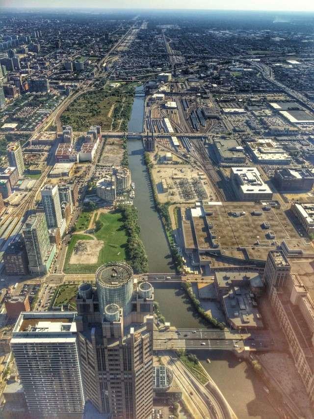 Der Chicago River - aufgenommen vom Willis-Tower