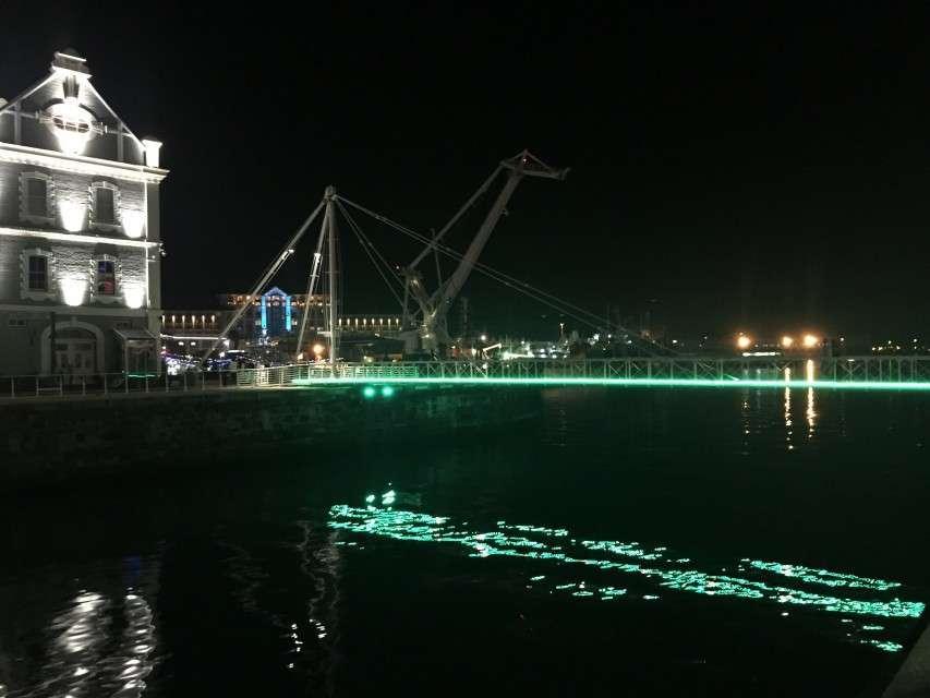 Nacht an der Waterfront
