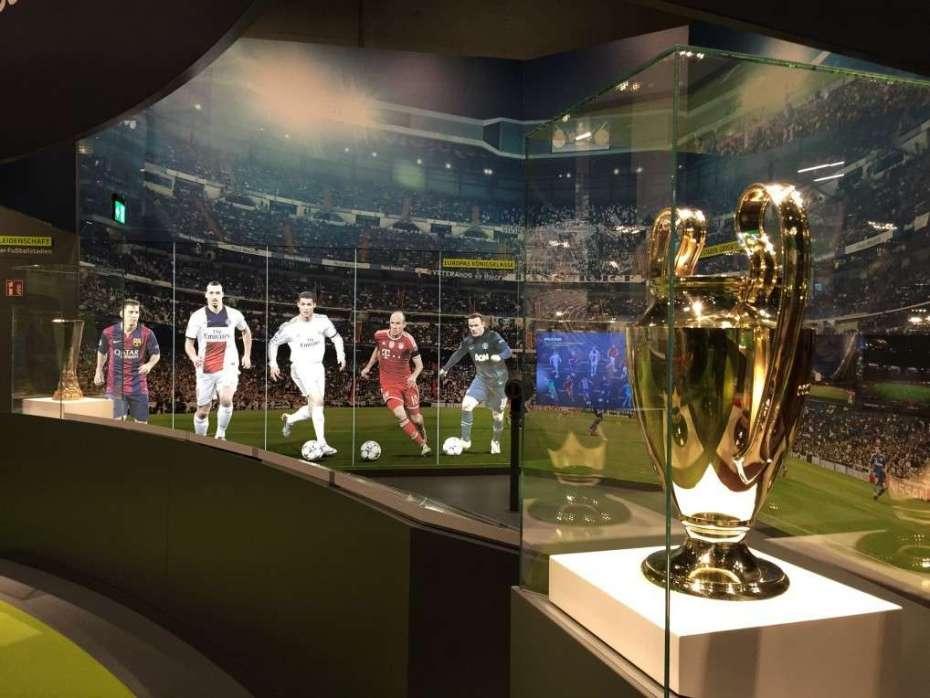 Landesmeister-Pokal im Deutschen Fußballmuseum