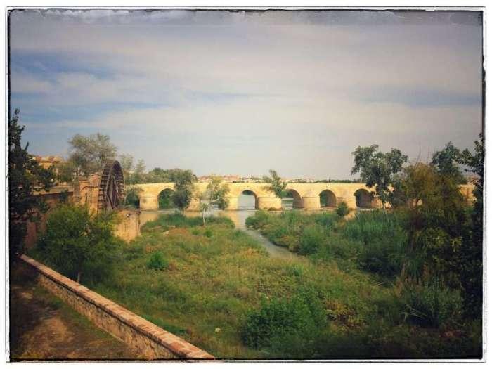 Die Puente Romano in Cordoba