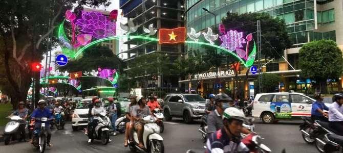 Saigon – Hauptstadt der Roller und Mopeds
