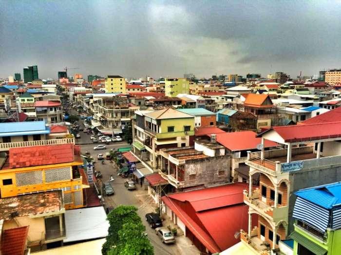 Blick über Phnom Penh kurz vor dem Regen