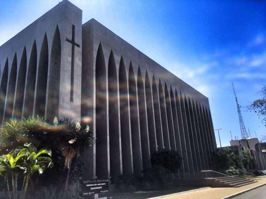 Von außen ist die Kirche eher unspektakulär