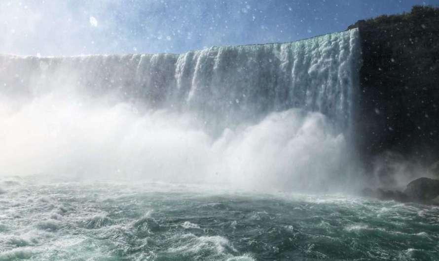 Von Toronto zu den Niagarafällen