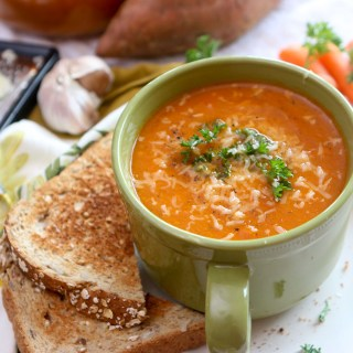 Roasted Red Pepper Sweet Potato Soup