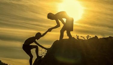 নির্বাক মিত্র অপেক্ষা স্পষ্টভাষী শত্রু অনেক ভালো