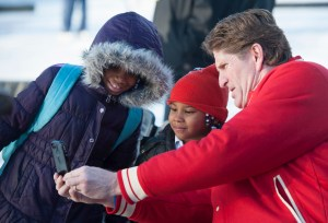 Red Wings Coach Mike Babcock shares moment with kids at Clark Park (Photo Courtesy The Detroit News/David Guralnick)