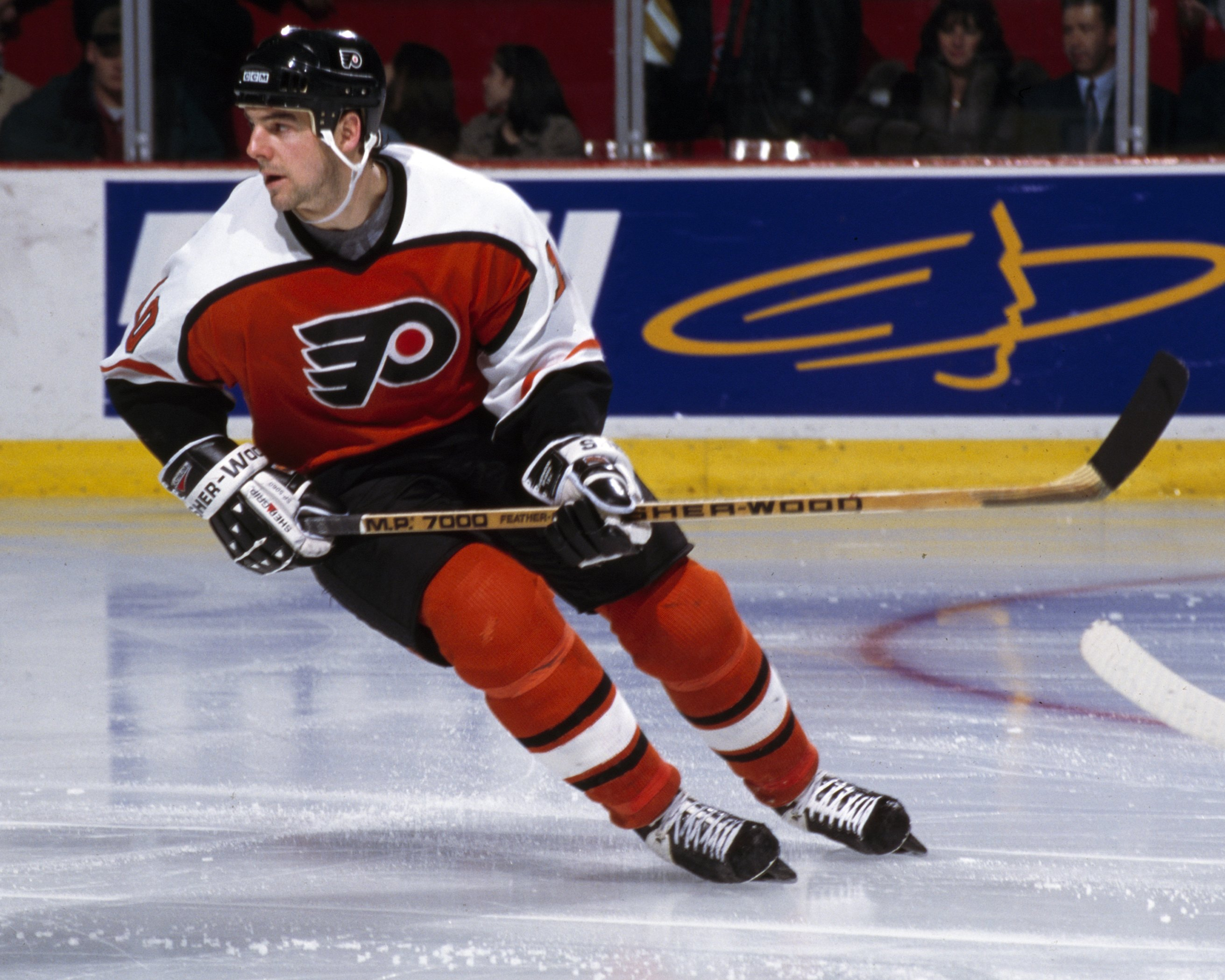 33d8519f8 Leach thinks former Flyers John LeClair, above, and Brian Propp should be  in the