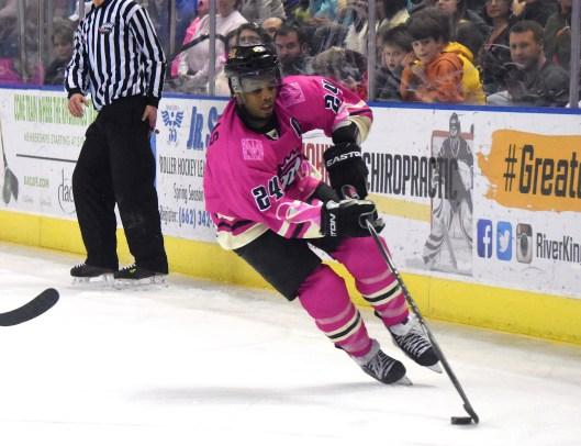 Forward Leo Thomas, Akil Thomas' uncle, split the 2015-16 hockey season between the SPHL's Mississippi RiverKings and...