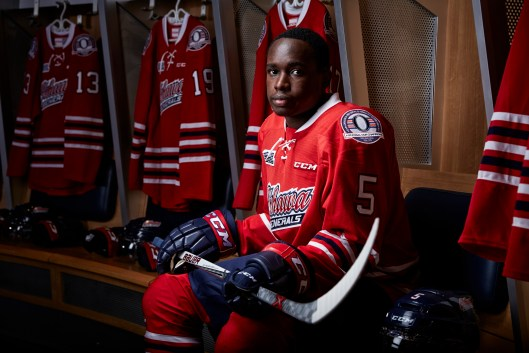 Oshawa's Jalen Smereck isn't ranked by Central Scouting but some hockey folks think he has the skills to crash the NHL draft party Photo/(Ian Goodall/Goodall Media Inc.)