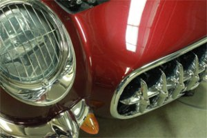 Mauve Rose red Color Pearls on Corvette Hood.