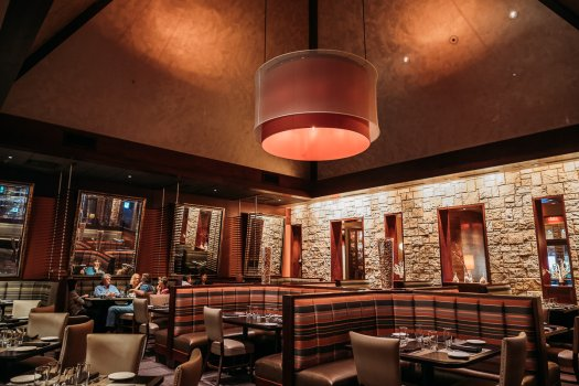 Devon Seafood Steak Milwaukee Restaurant Review Colors