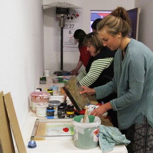 Screen Printing Workshop at Colour Box Studio with Liz Doust.