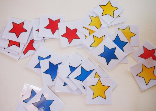 Pre-reading game: Coloured Stars