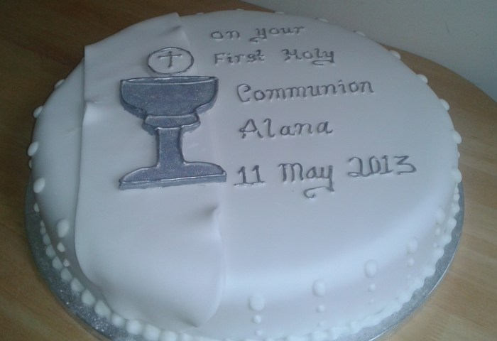 Communion Cake Cols Cupcakes Cakes
