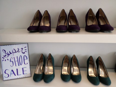 Purple or green? Hello Holliday has the perfect color shoe for you.