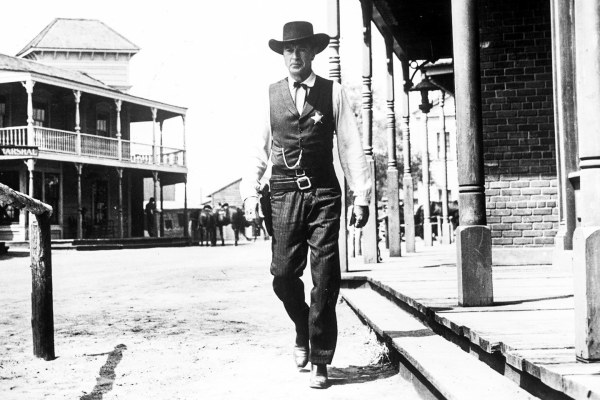 Things That Caught My Eye: High Noon / Rio Bravo, by Alex Dabertin