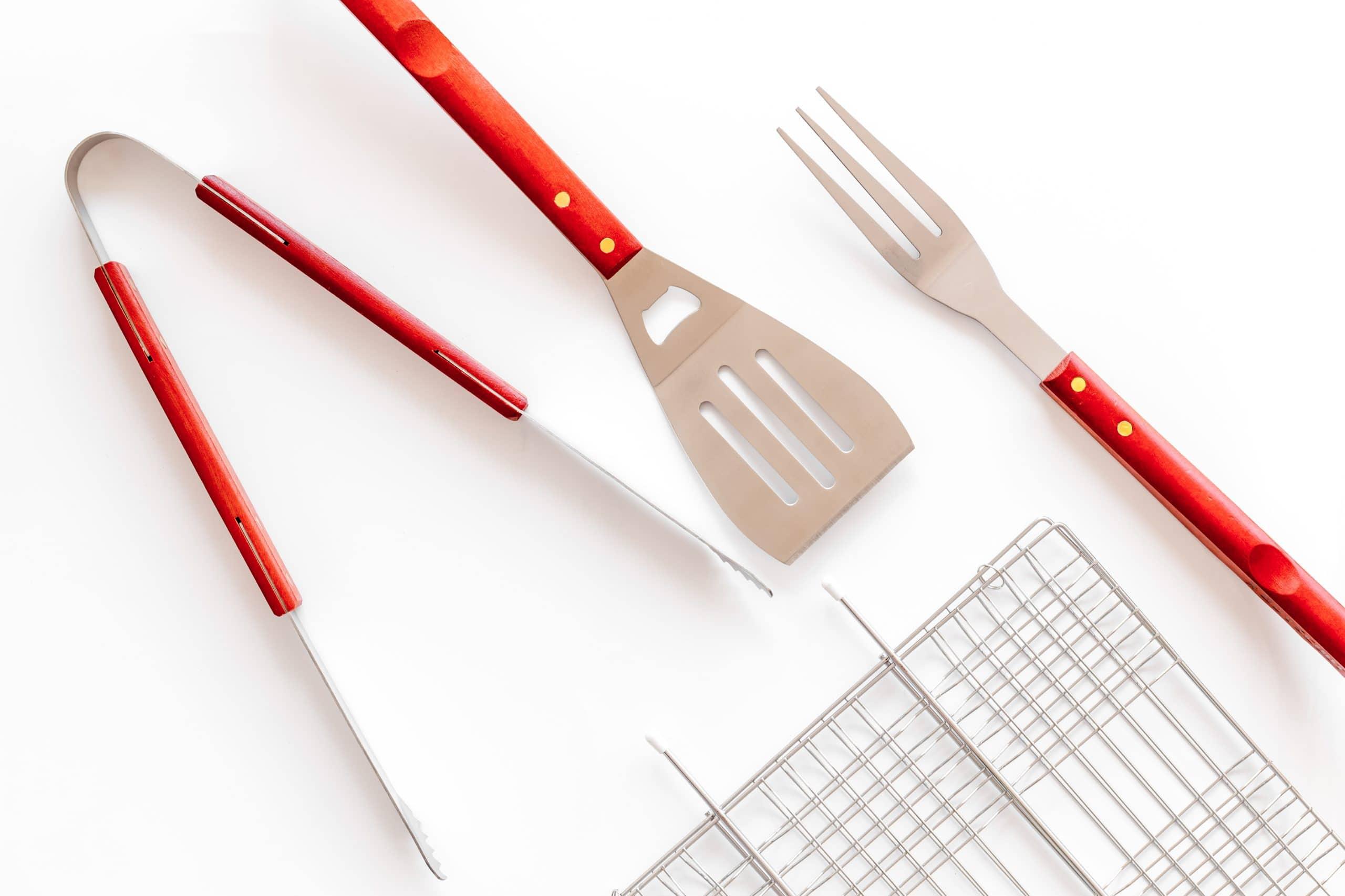 Tongs, spatula and fork