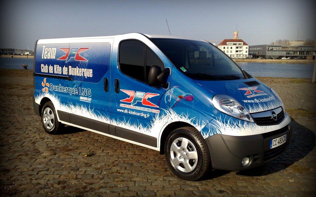 Total covering minibus