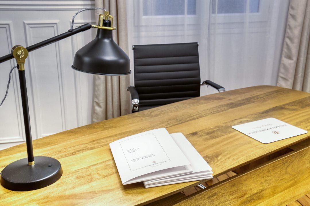 Création chemise porte-documents pour profession libérale - By Com' Empreintes