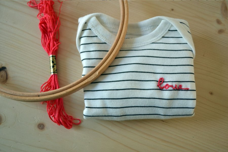 Je customise un body - Broderie DIY