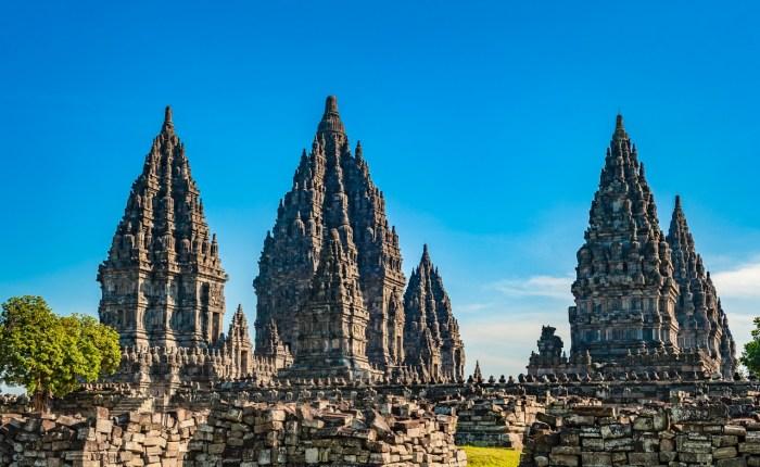travel to Yogyakarta - prambanan temple