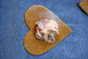 Raviolis corazón relleno de pimiento (7)