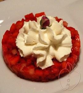Tartar de fresas y chantilly de rosa (6)