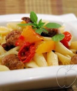 Ensalada de pasta y albondiguillas con albahaca (4)