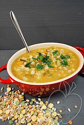 Zuppa tradizionale contadina (7)