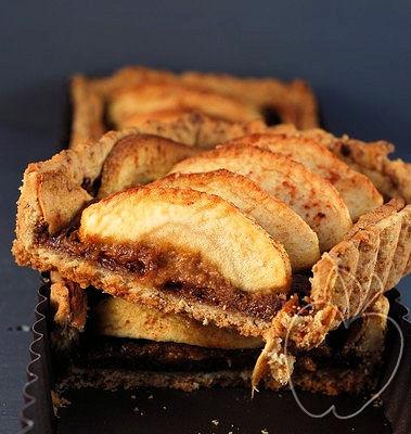 Tarta integral de manzana con compota de ciruelas -copia-2