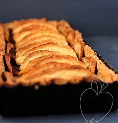 Tarta integral de manzana con compota de ciruelas y limón