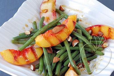 Ensalada de judías verdes con nectarinas y viangr-copia-1